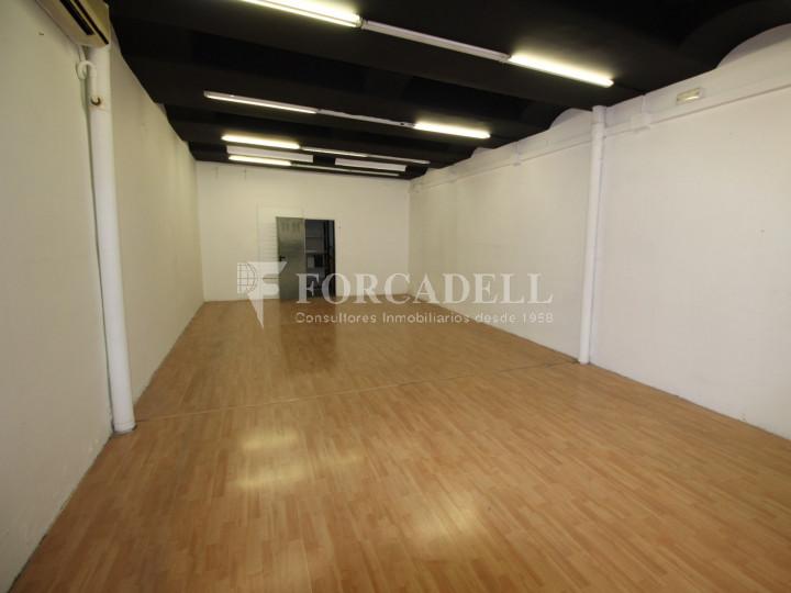 Local comercial situat al districte número 1, al barri Centre, a Sabadell. Barcelona. 5