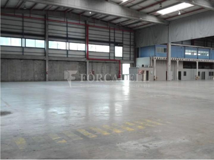 Nau logística en lloguer de 2.275 m² - Barcelona 5