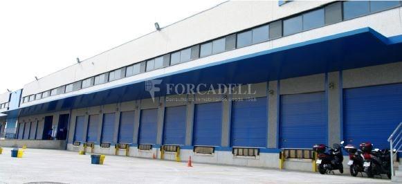 Nave logística en alquiler de  7.443 m² - Barcelona 1