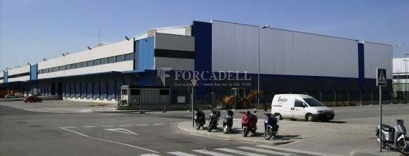 Nave logística en alquiler de  7.443 m² - Barcelona 4