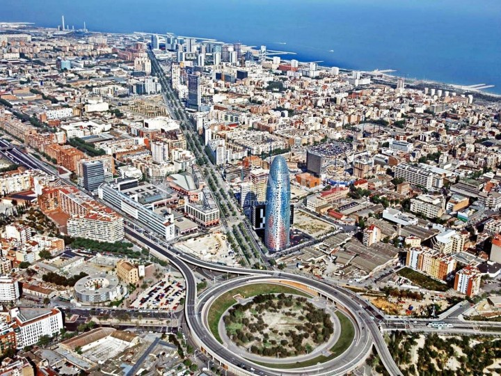 Excel·lent oficina en lloguer al districte 22 @. Barcelona. #13