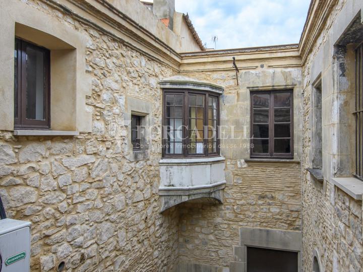 Oficina exterior i reformada en lloguer al centre de Barcelona. 5