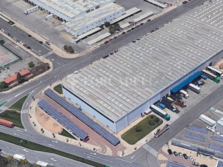 Nave logística en alquiler de 8.598 m² - Barcelona 3
