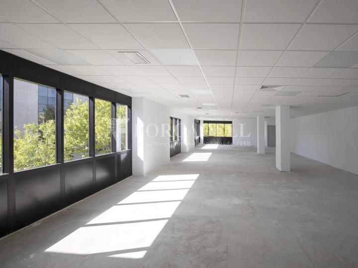 Oficina diáfana y luminosa en alquiler en Parque Empresarial Miniparc II, Alcobendas. Madrid 2