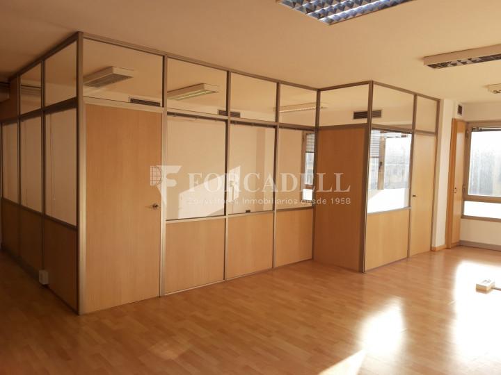 Oficina reformada en lloguer a la Dreta de l'Eixample. Barcelona 5