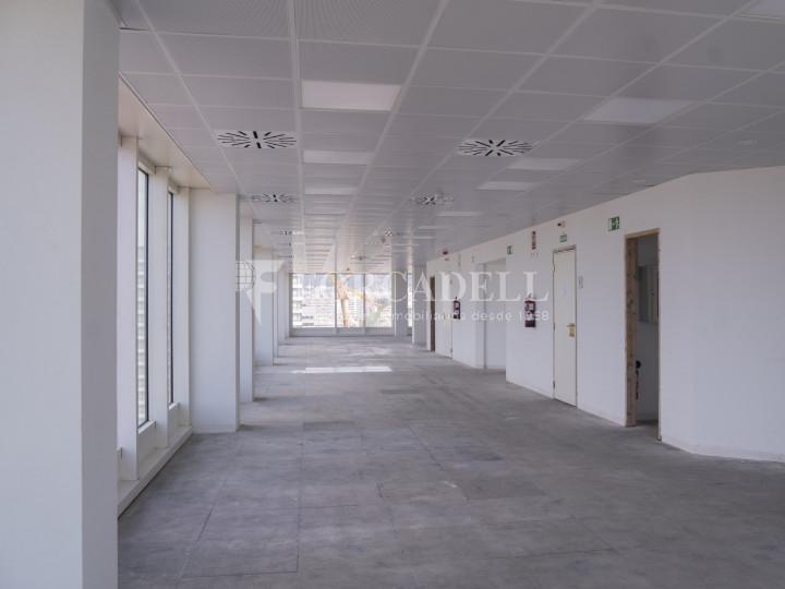 Oficina en lloguer a prop de l'estació de Sants. C. Tarragona 11