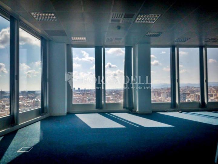Oficina en lloguer a prop de l'estació de Sants. C. Tarragona 6
