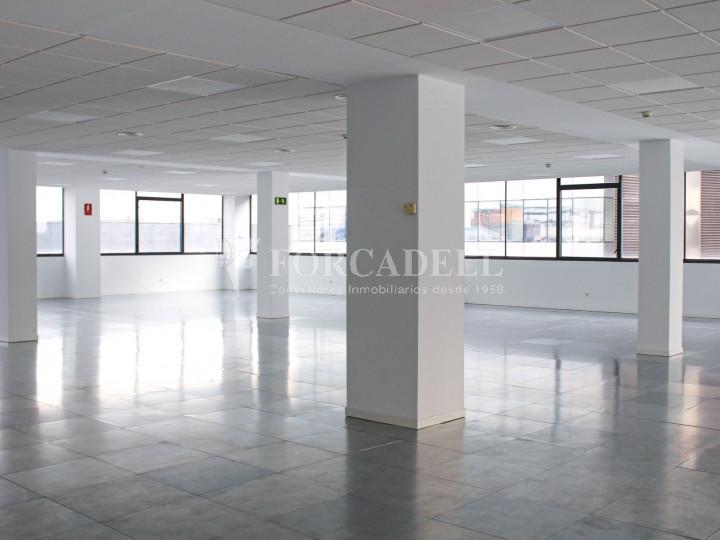 Oficina lluminosa de lloguer a Avinguda Manoteras, Madrid. 13
