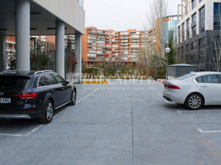 Oficina lluminosa de lloguer a Avinguda Manoteras, Madrid. 16