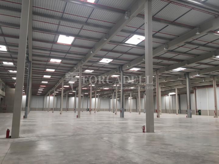 Nau logística en lloguer de 33.260 m² - La Granada del Penedes, Barcelona 10