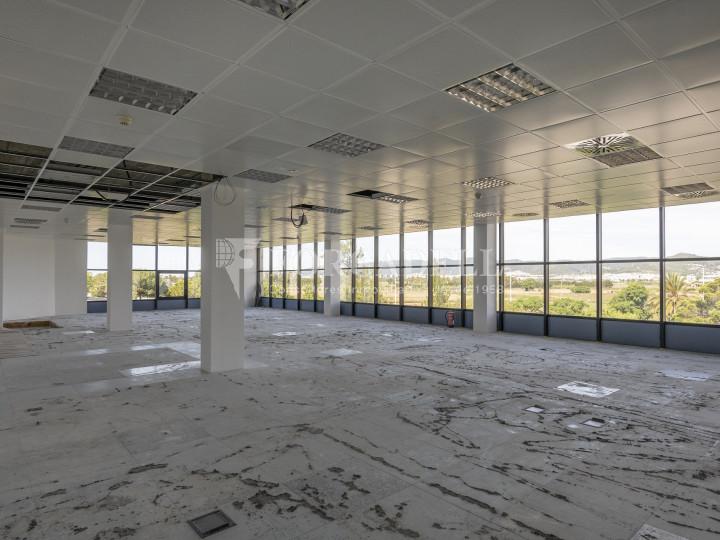Oficina en lloguer al Prat del Llobregat.  18