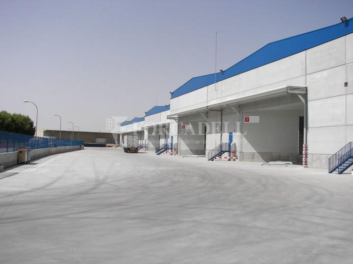 Nave logística en alquiler de 3.651 m² - Pinto, Madrid 1