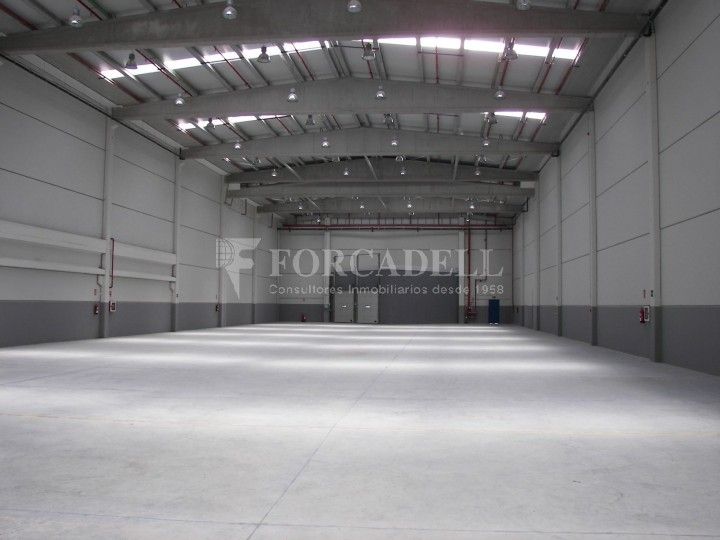 Nave logística en alquiler de 3.651 m² - Pinto, Madrid 2