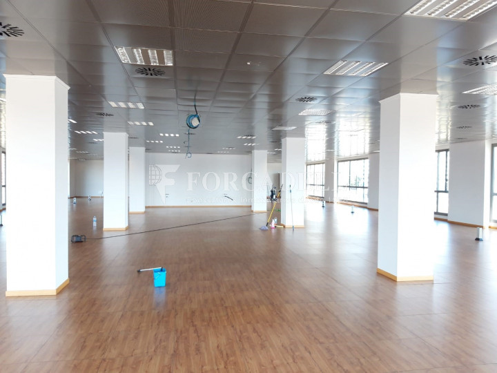 Oficina disponible a l'Edifici Brasol. Sant Joan Despí.  7