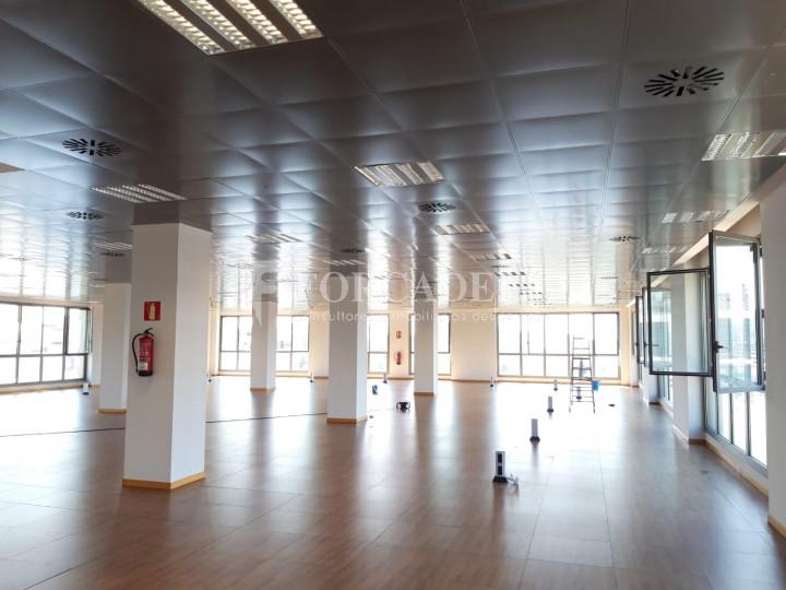 Oficina disponible a l'Edifici Brasol. Sant Joan Despí.  5