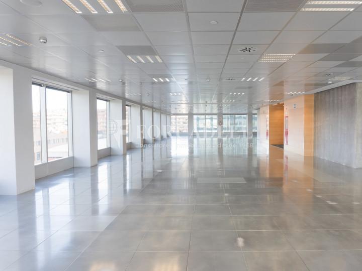 Oficina en lloguer a l'exclusiva Torre Auditori. BCN Fira District. 8
