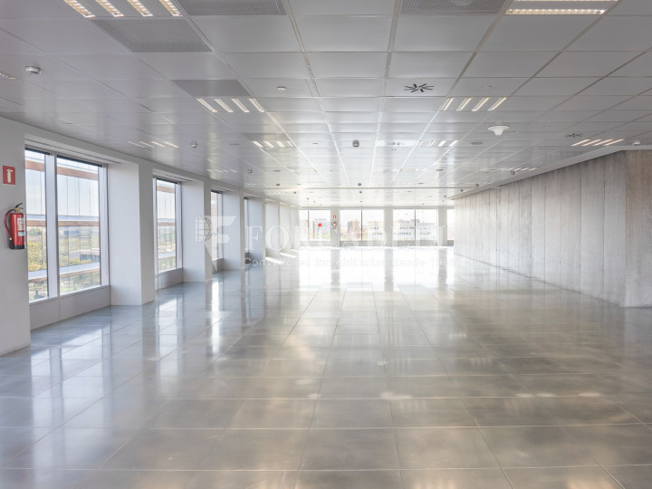 Oficina en lloguer a l'exclusiva Torre Auditori. BCN Fira District. 9
