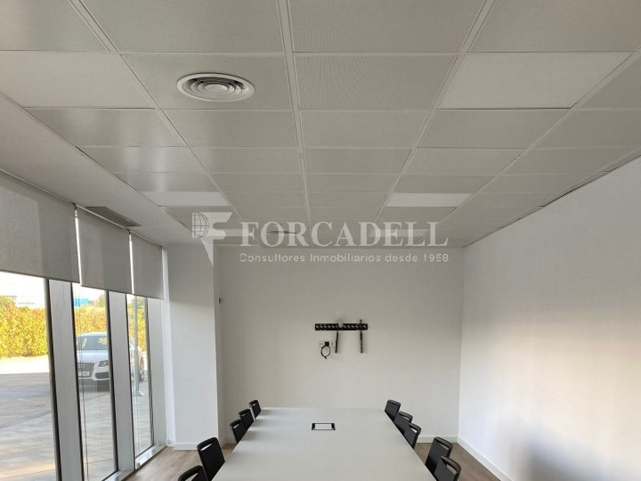 Oficina de lloguer a l'edifici Barcelona Norte. Barberà de Vallès.   14