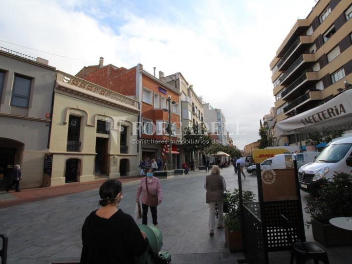 Local comercial situat en ple centre de la ciutat de Terrassa. Barcelona. 10