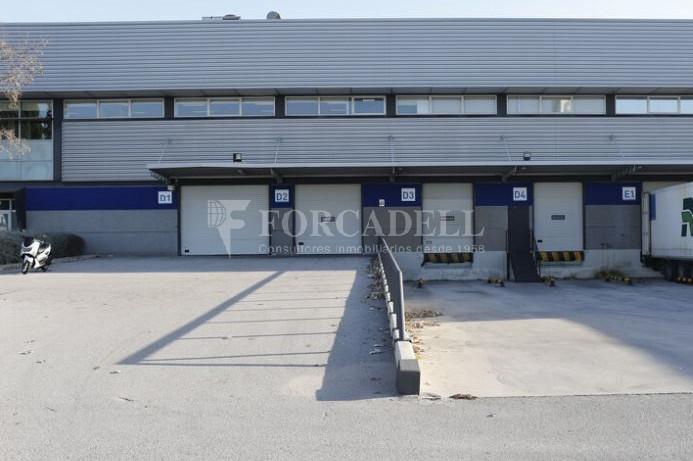 Nave logística en alquiler de 4.922 m² - Prat de Llobregat, Barcelona. 3