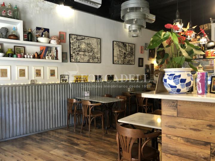 Local comercial amb llicència C-2 situat al districte de Sants-Montnuïc, al barri de Sants. Barcelona. 6