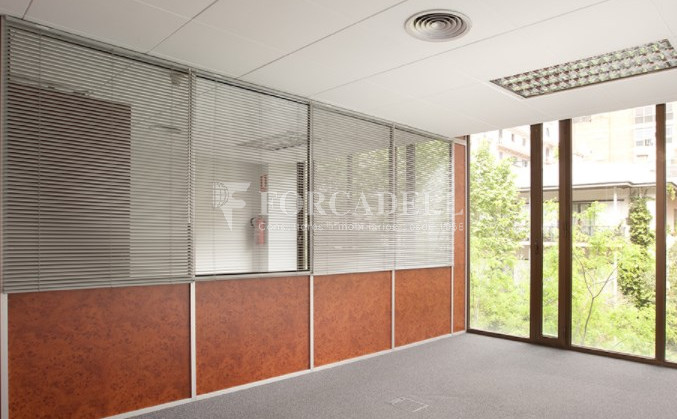 Oficina disponible en lloguer a Sarrià-Sant Gervasi. Barcelona. 4