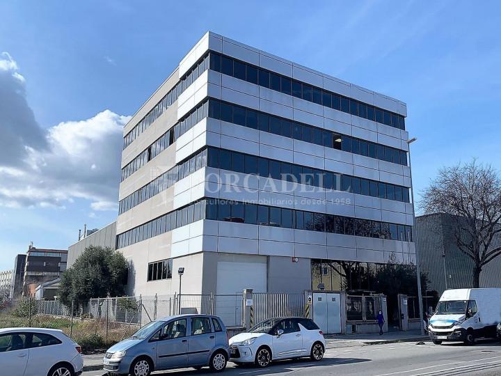 Edifici corporatiu en el lloguer de 3.654 m² - Hospitalet de Llobregat, Barcelona  1