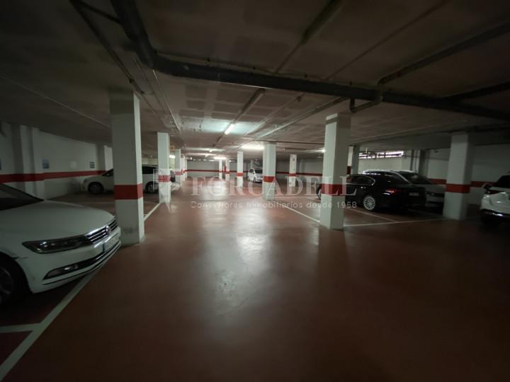 Edifici corporatiu en el lloguer de 3.654 m² - Hospitalet de Llobregat, Barcelona  10