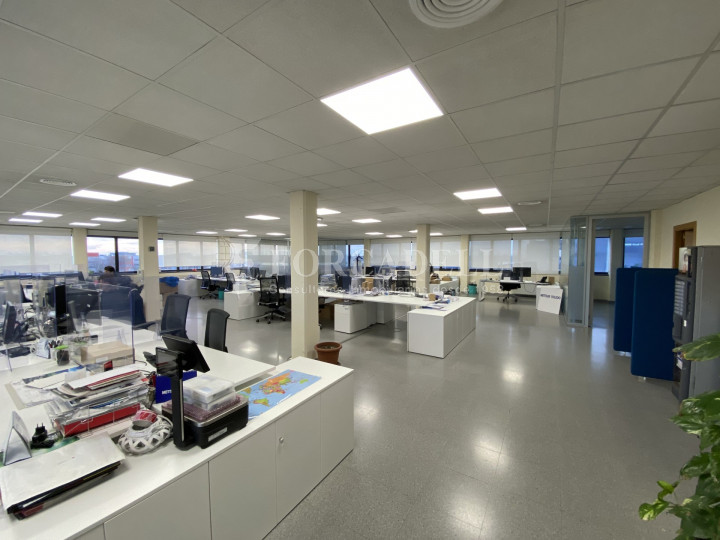 Edifici corporatiu en el lloguer de 3.654 m² - Hospitalet de Llobregat, Barcelona  3