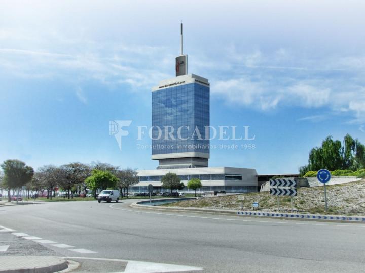 Oficina con vistas panorámicas en alquiler en la Torre d'Ara Premium. Mataró. 1