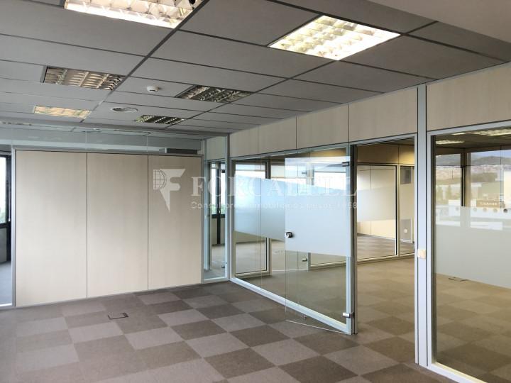 Oficina con vistas panorámicas en alquiler en la Torre d'Ara Premium. Mataró. 2