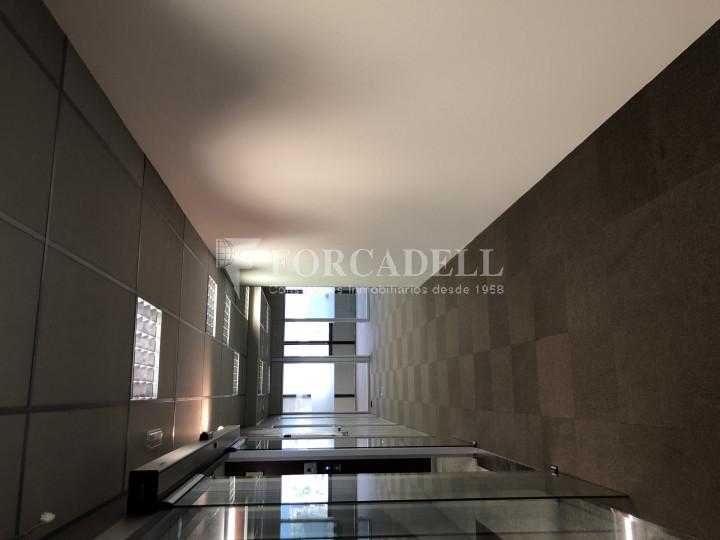 Oficina con vistas panorámicas en alquiler en la Torre d'Ara Premium. Mataró. 13