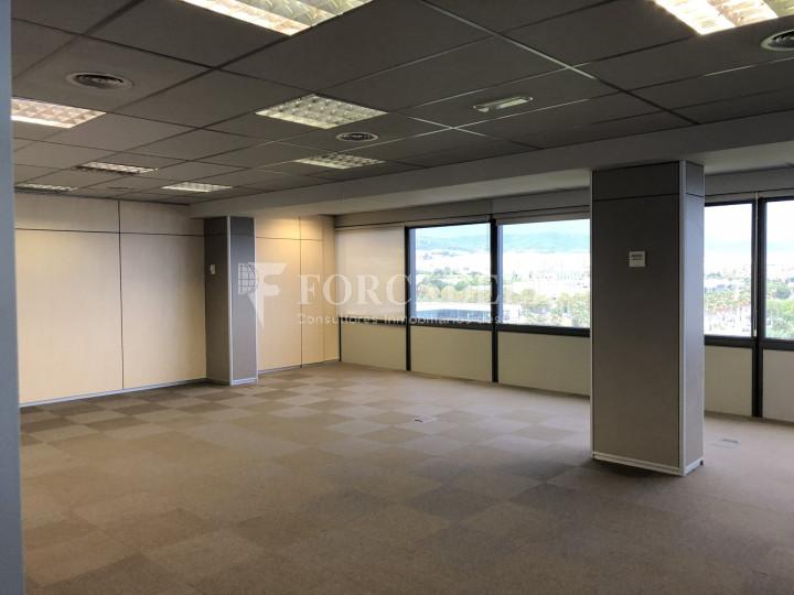Oficina con vistas panorámicas en alquiler en la Torre d'Ara Premium. Mataró. 14