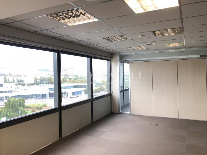 Oficina con vistas panorámicas en alquiler en la Torre d'Ara Premium. Mataró. 17