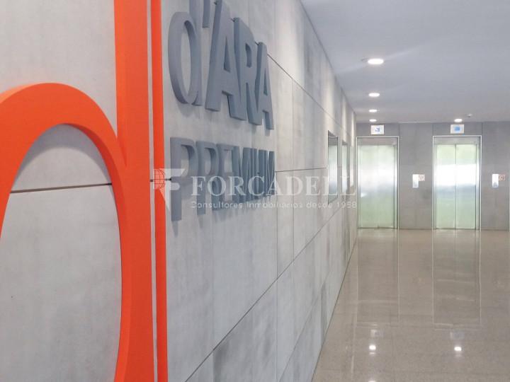 Oficina con vistas panorámicas en alquiler en la Torre d'Ara Premium. Mataró. 18