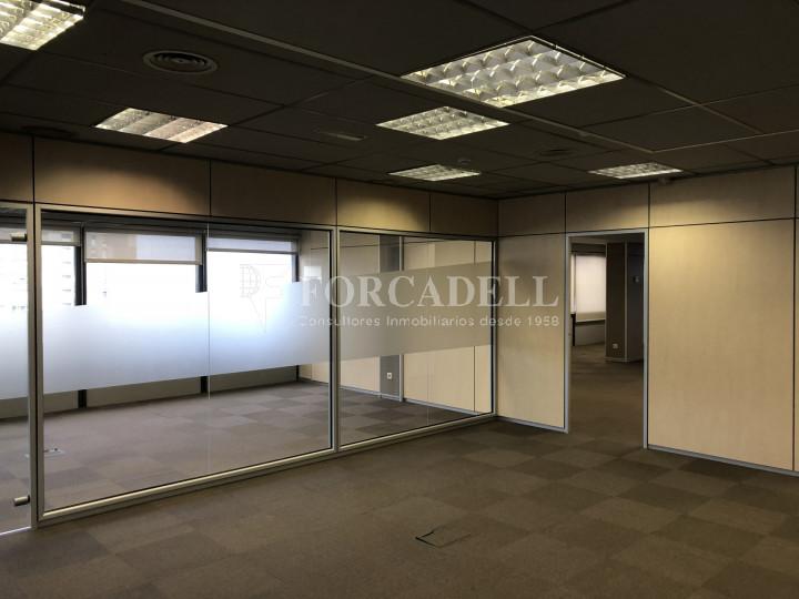 Oficina con vistas panorámicas en alquiler en la Torre d'Ara Premium. Mataró. 6