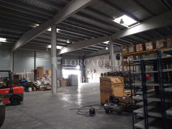 Nau industrial corporativa en venda de 3.285 m² - Granollers, Barcelona 4