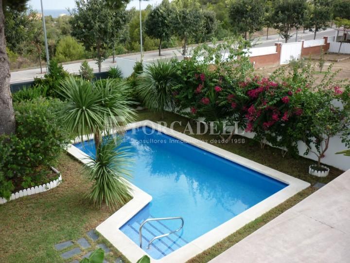 Gran chalet a calafell tarragona con piscina de 4 - Camping con piscina climatizada en tarragona ...