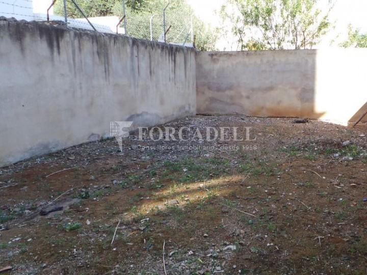 Planta baja sina cabar en el vivero con jard n pm lv 15 for Vivero el jardin