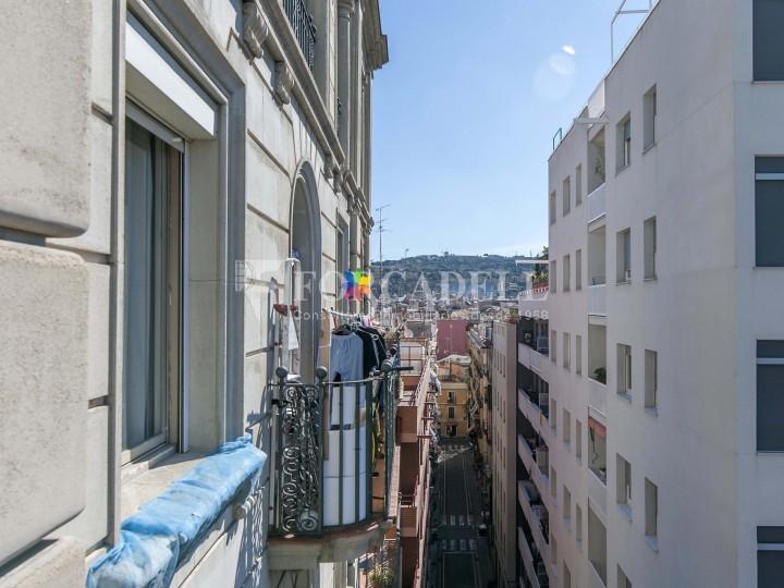 Fantàstic pis al costat del Mercat de Sant Antoni, a la Plaça Pes de la Palla al barri del Raval de Barcelona. Ref. V19184 15