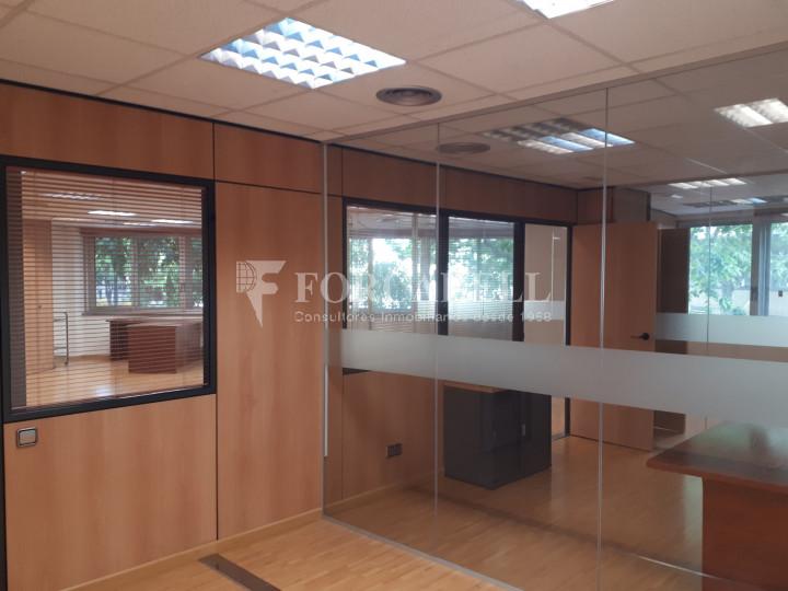 Oficina diàfana en venda en rendibilitat en edifici modern. C. Diputació. Barcelona. #3