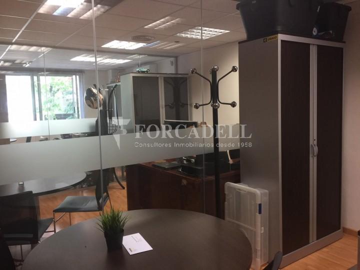 Oficina diàfana en venda en rendibilitat en edifici modern. C. Diputació. Barcelona. #7