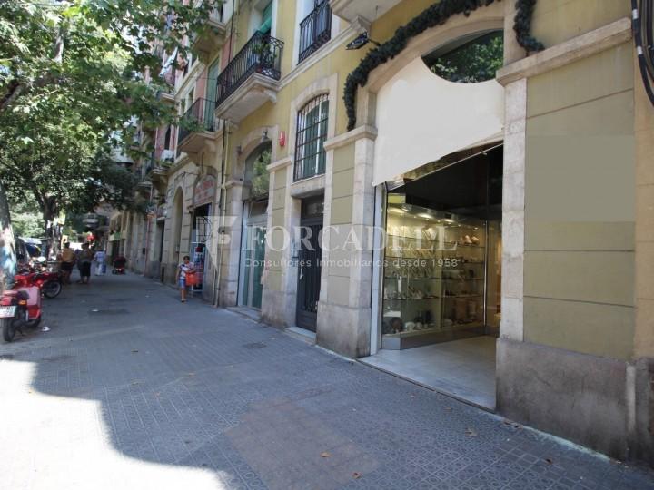 Local comercial al barri de Sant Antoni. Barcelona. 1