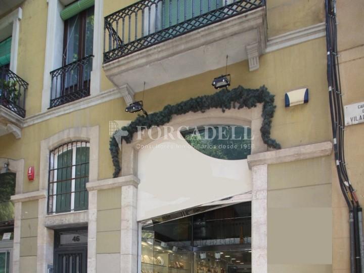 Local comercial al barri de Sant Antoni. Barcelona. 2