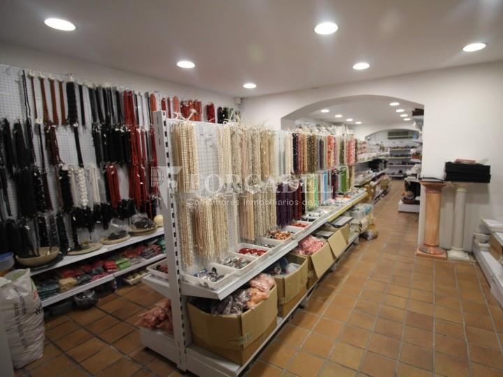 Local comercial al barri de Sant Antoni. Barcelona. 6