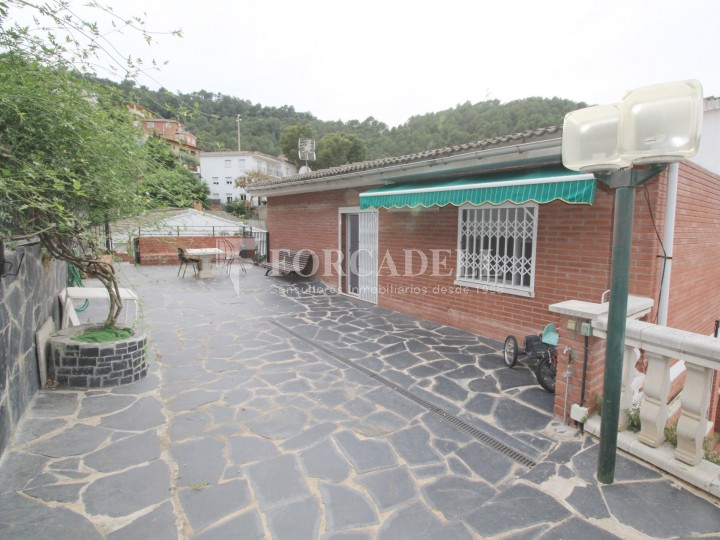 Casa en venda a plena natura de santa coloma de cervell a barcelona ref v20476 forcadell - Natura casa barcelona ...