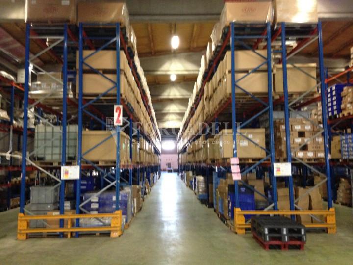 Nau industrial / logística en venda o lloguer d'7.200 m² - Sant Fruitós de Bagès, Barcelona  2