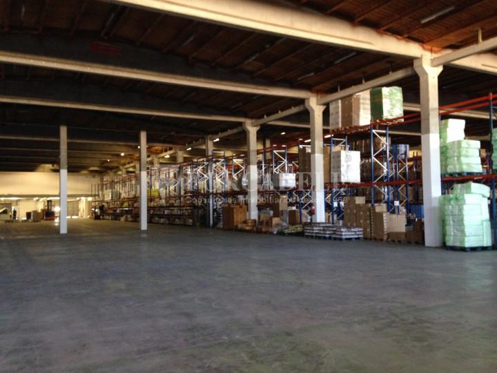 Nau industrial / logística en venda o lloguer d'7.200 m² - Sant Fruitós de Bagès, Barcelona  4