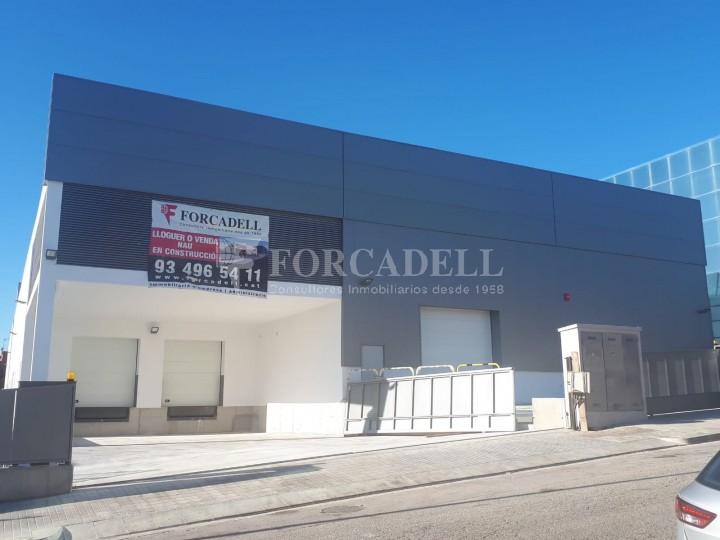 Nau industrial en lloguer de 3.575 m² - Sant Joan Despi, Barcelona 1