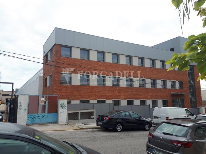 Nave industrial en alquiler de 3.575 m² - Sant Joan Despi, Barcelona 10